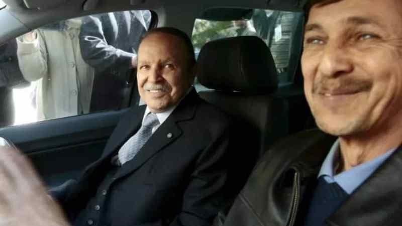 Algérie : l'ex-président Abdelaziz Bouteflika inhumé dans la discrétion au cimetière d'El-Alia