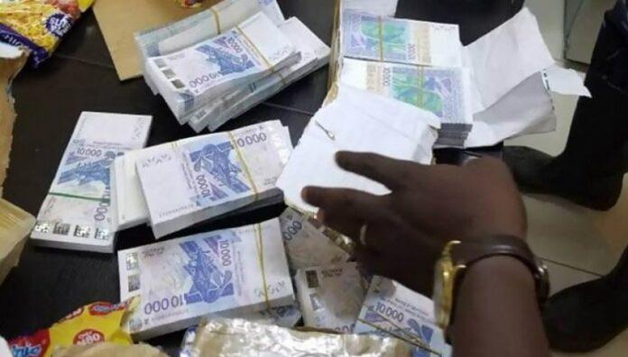 Un Bissau Guinéen arrêté en possession de billets noirs en coupures euro d'une valeur de 184 millions de francs CFA