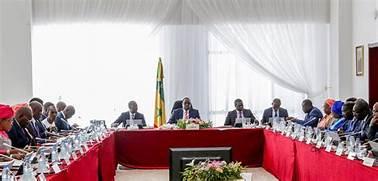 Conseil des ministres : COMMUNIQUÉ — 19 JANVIER 2021