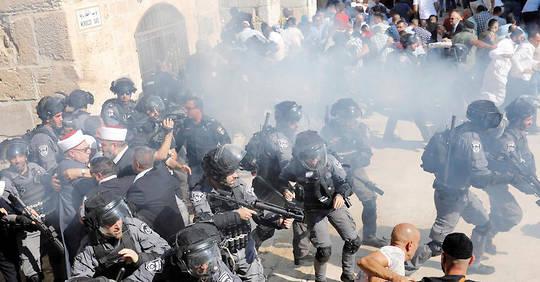 Jérusalem : des dizaines de blessés dans les heurts sur l'esplanade des Mosquées (AFP)