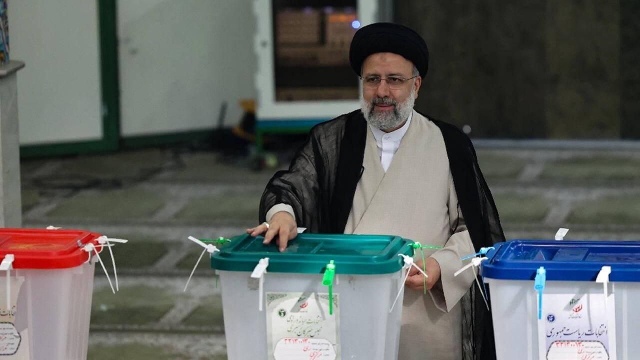 Présidentielle en Iran: Raïssi vainqueur avec 62% des voix, selon des résultats partiels