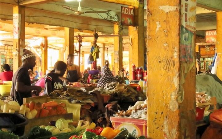 Sénégal : «le nombre de pauvres a augmenté de 5 832 008 en 2011 contre 6 032 379 en 2018» (agence statistique)