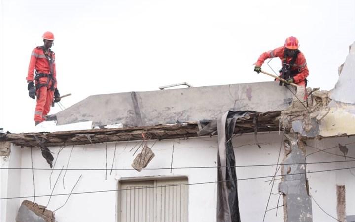 Effondrement de l'immeuble de Bel Air : le bilan s'alourdit à six morts (sapeurs-pompiers)