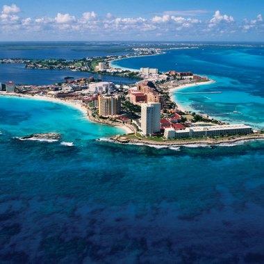 https://cdn.britannica.com/35/94535-050-2F115135/Cancun-Coastline-Mexico.jpg