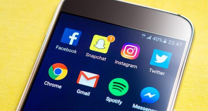 Smartphone displaying social media apps
