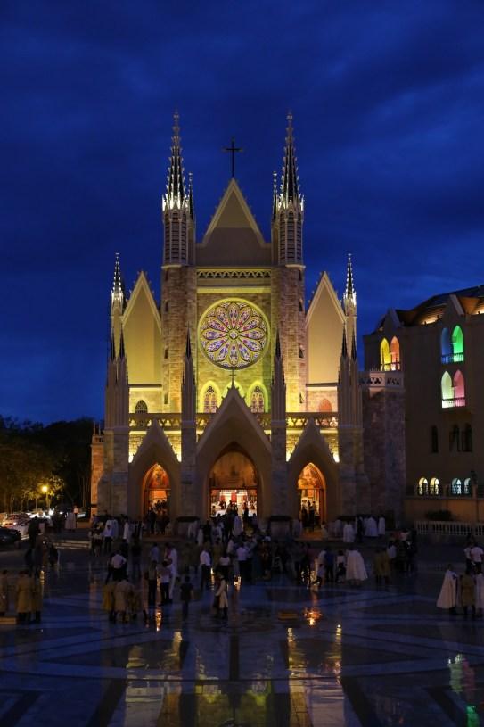 Basílica Nossa Senhora do Rosário de Fátima - Arautos do Evangelho