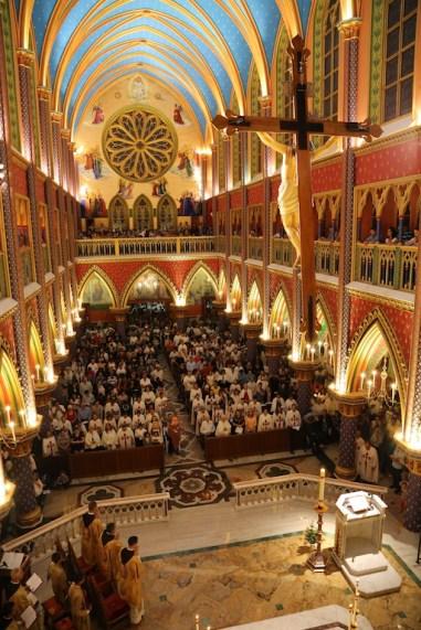 Vigília Pascal - Arautos do Evangelho - Basílica N. Sra. do Rosário de Fátima (16)