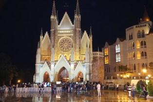Vigília Pascal - Arautos do Evangelho - Basílica N. Sra. do Rosário de Fátima (24)