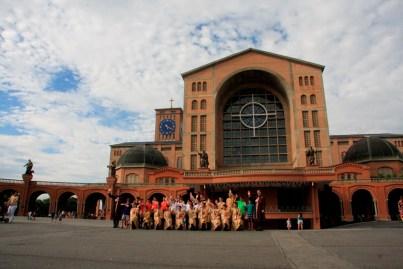 Visita ao Santuário de Nossa Senhora Aparecida , padroeira do Brasil.