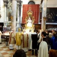 Celebrazione della Madonna del Carmine a Venezia.-018