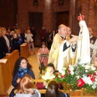 La statua della Madonna di Fatima a Venaria Reale (TO) , Araldi del Vangelo-005