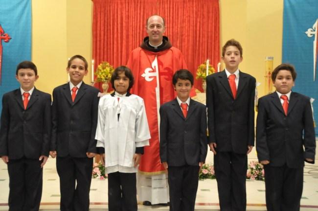 Batismo e Primeiras Comunhões na sede dos Arautos do Evangelho em Recife