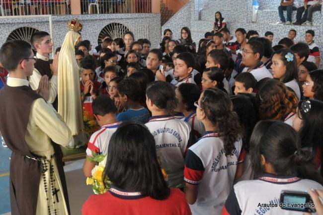 Visita da Imagem de Nossa Senhora de Fátima ao Colégio Múltiplo Ensino, em Recife