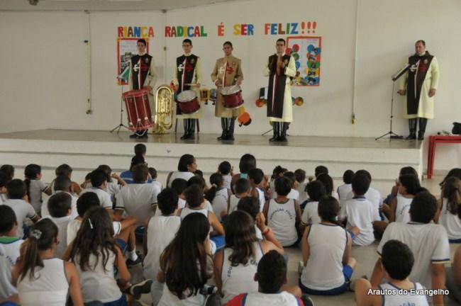 Projeto Futuro e Vida no Colégio Radical, em Recife