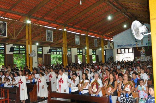 Missa com os Arautos do Evangelho na Paróquia Menino Jesus de Praga - Maceió - AL