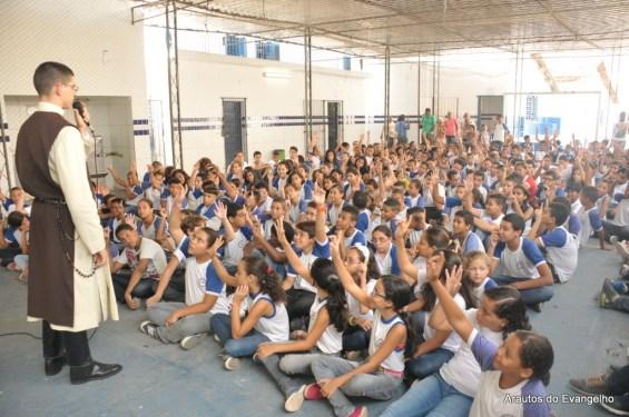 Projeto Futuro e Vida na Escola Municipal Dra Gelda Amorim