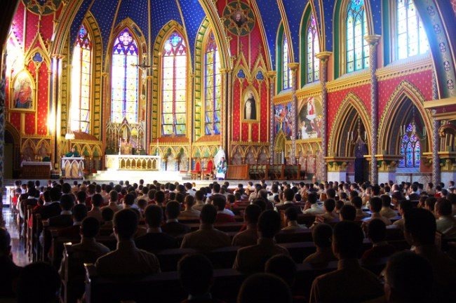 Missa na Igreja de Nossa Senhora do Rosário