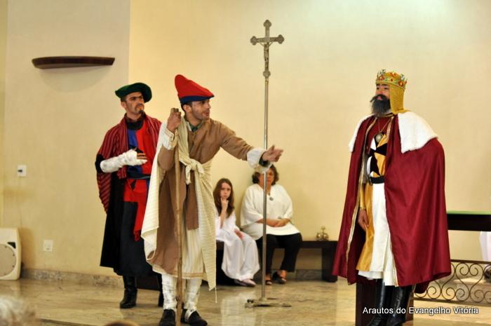 Teatro sobre o Dízimo na igreja São Pedro, em Vitória