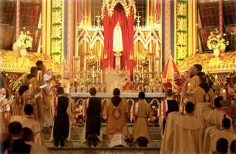 Liturgia na Basílica Nossa  Senhora do Rosário - Seminário dos Arautos do Evangelho