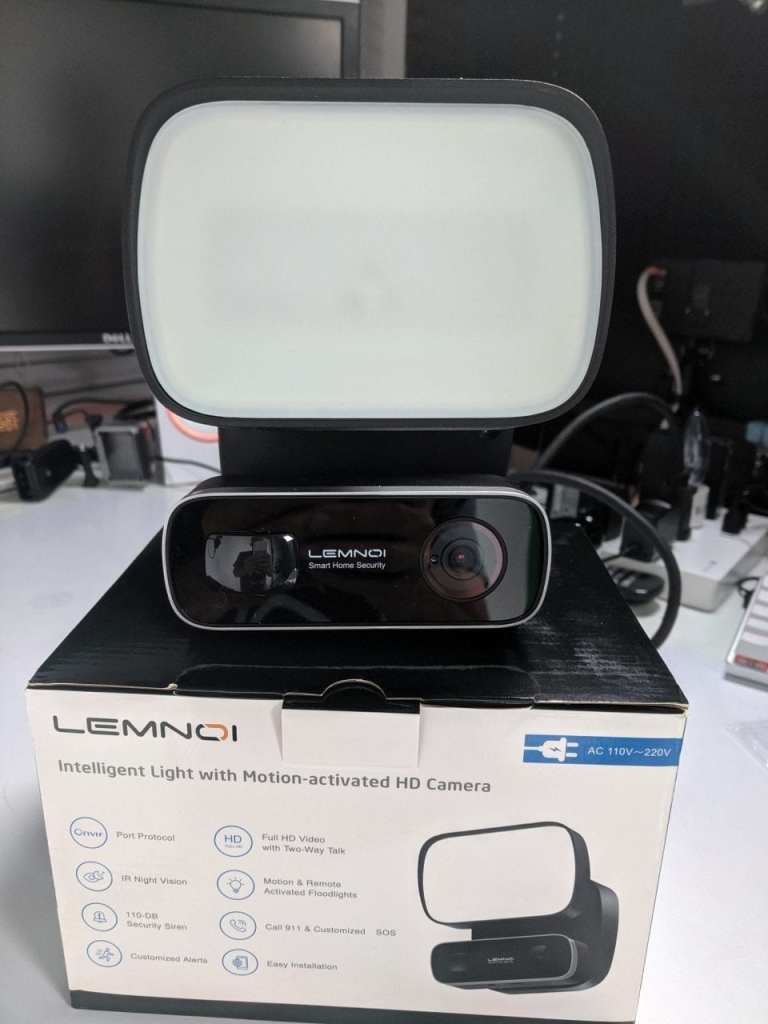Flood light Camera