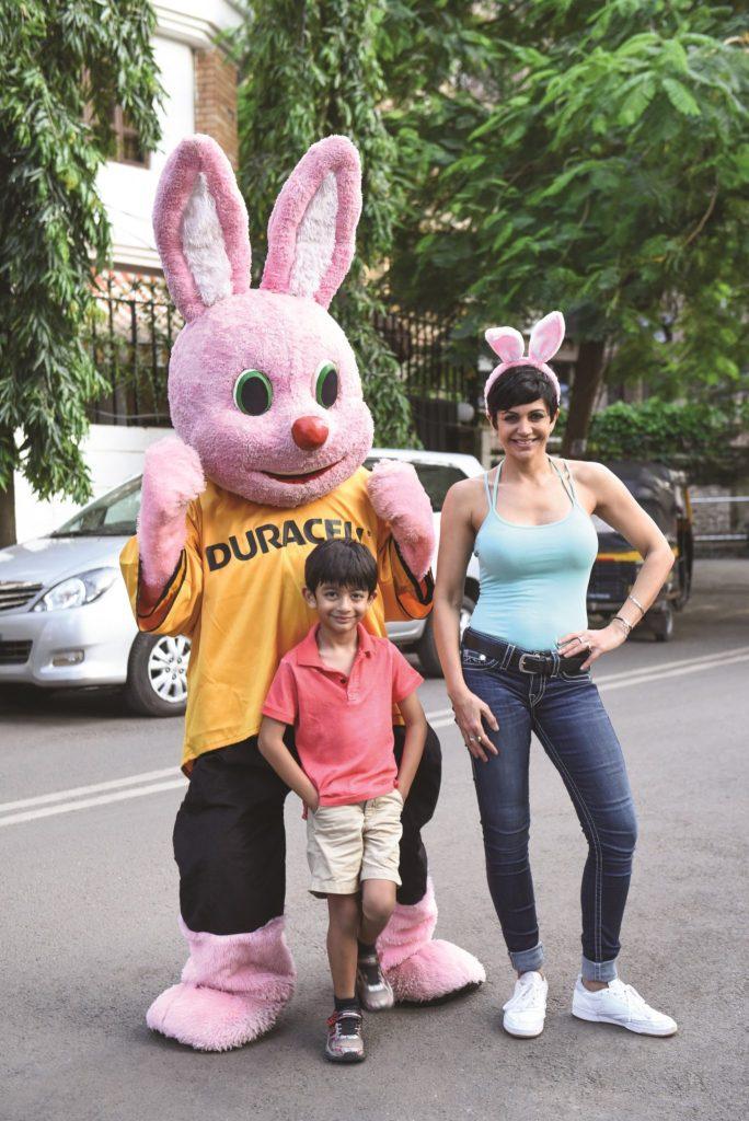 image-press-release-Mandira Bedi-with-son-Vir-practicing-for-2nd Durathon-Mediabrief-1