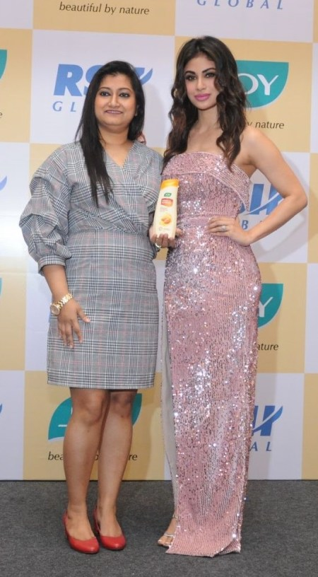 image-Mouni-ROy-and-RSH-GLobal-CMO-Poulomi-Roy-new-JOY-TVC-Mediabrief