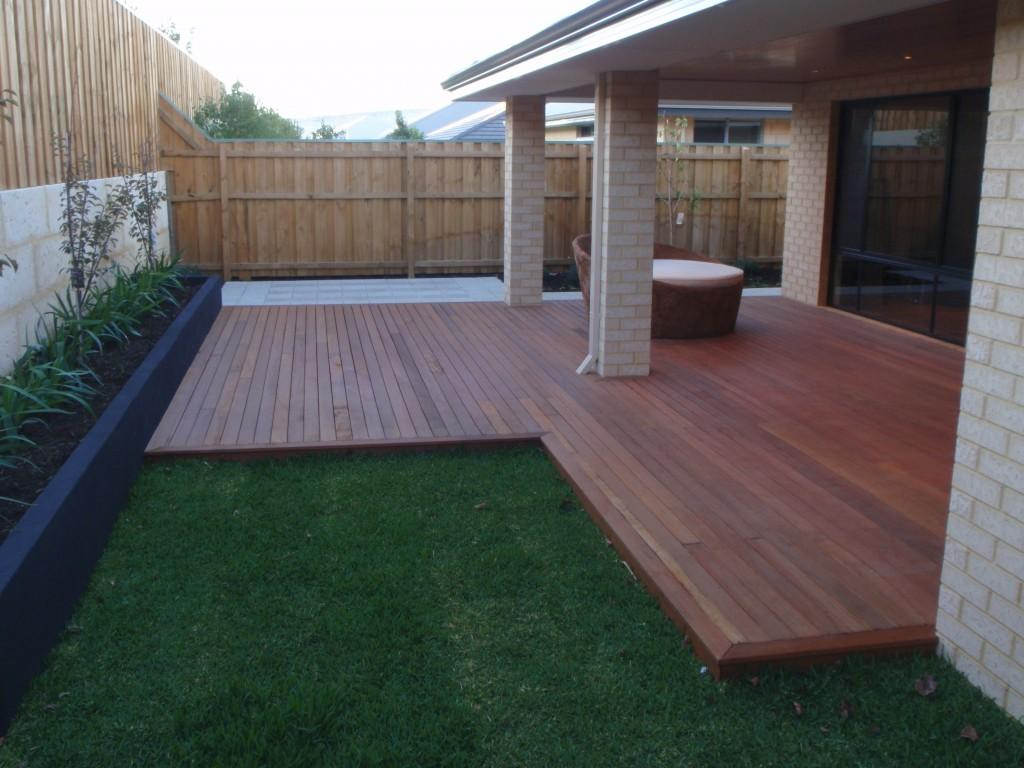 BampM Outdoor Features All Of Perth Max Bacon Ash Mote
