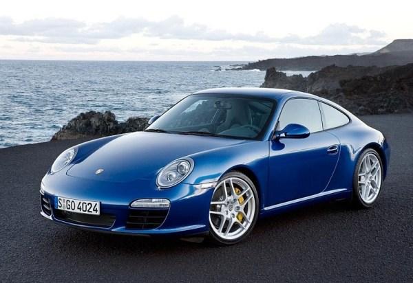 Porsche 911 at the Beach