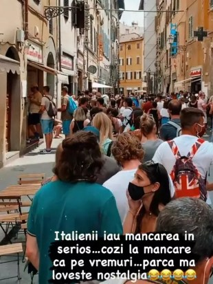 """Smiley, Gina Pistol, Mihai Petre and Wife, Group Vacation, With Kids, in Florence.  """"Food Queues Like The Times"""""""