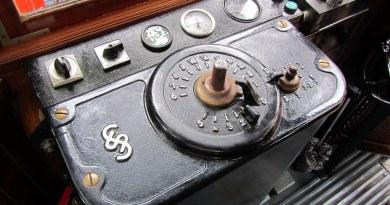 L'obsession du contrôle - Mediaculture / ©David Jones via Flickr.com