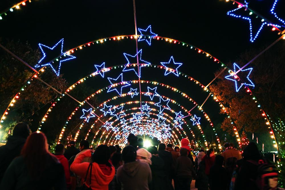 Austin Crowds Welcome Trail Of Lights Return PHOTOS KUT