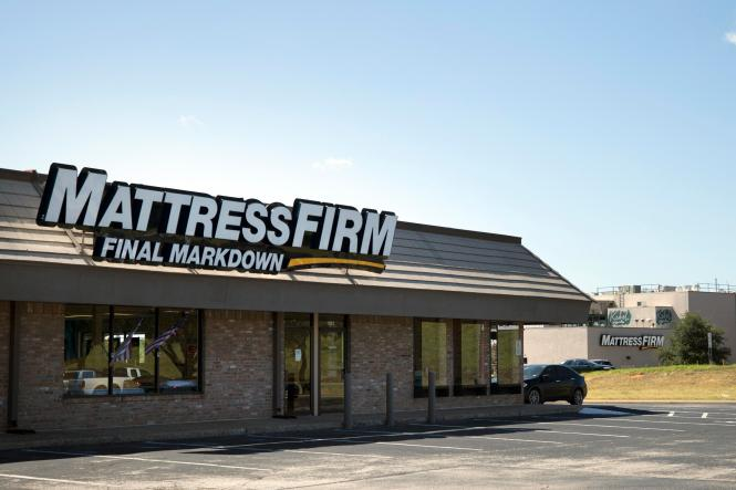 A Mattress Firm In North Austin Just Across Anderson Lane From The Final Markdown Foreground