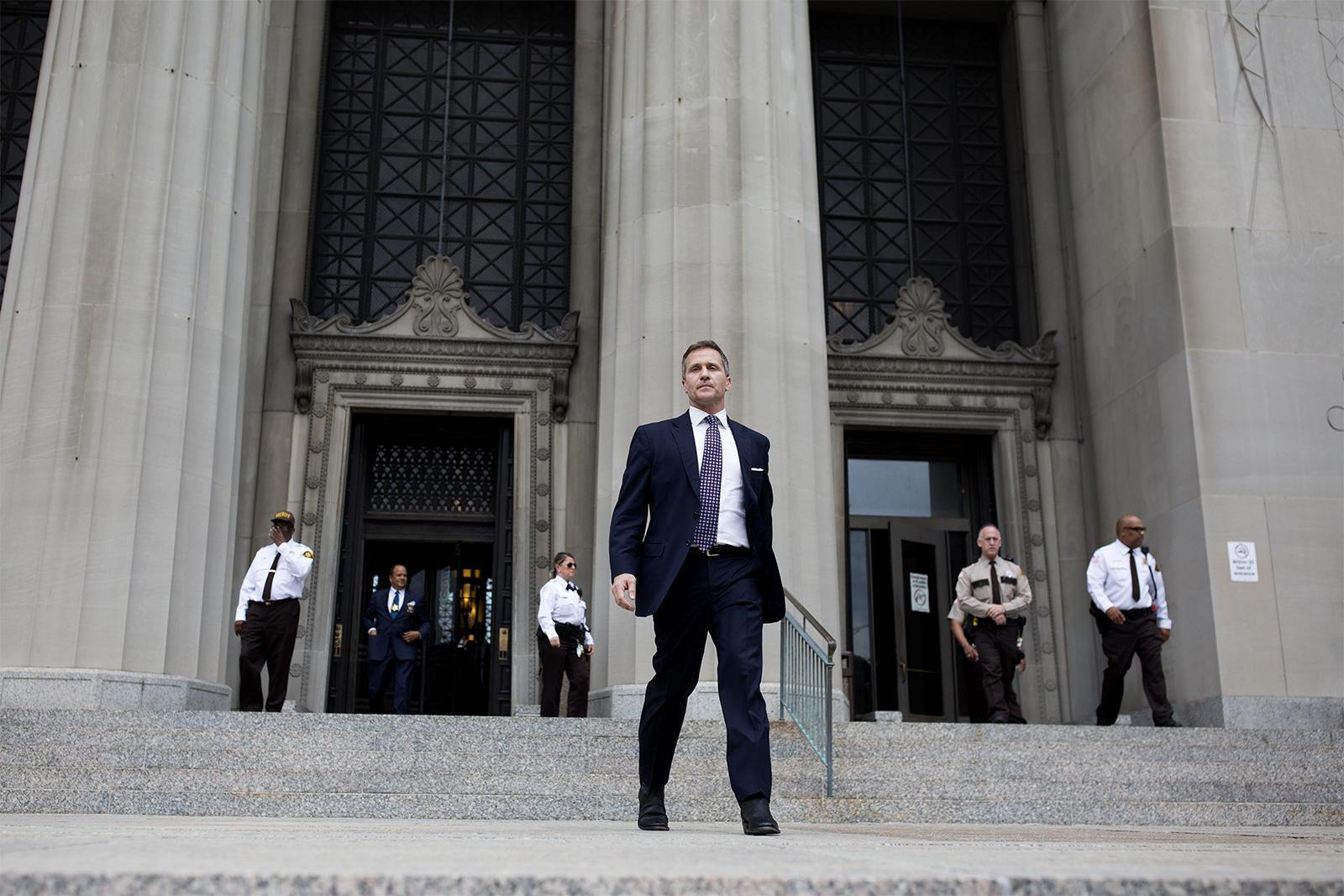Hasil gambar untuk St. Louis prosecutor drops charge against Missouri Gov. Eric Greitens