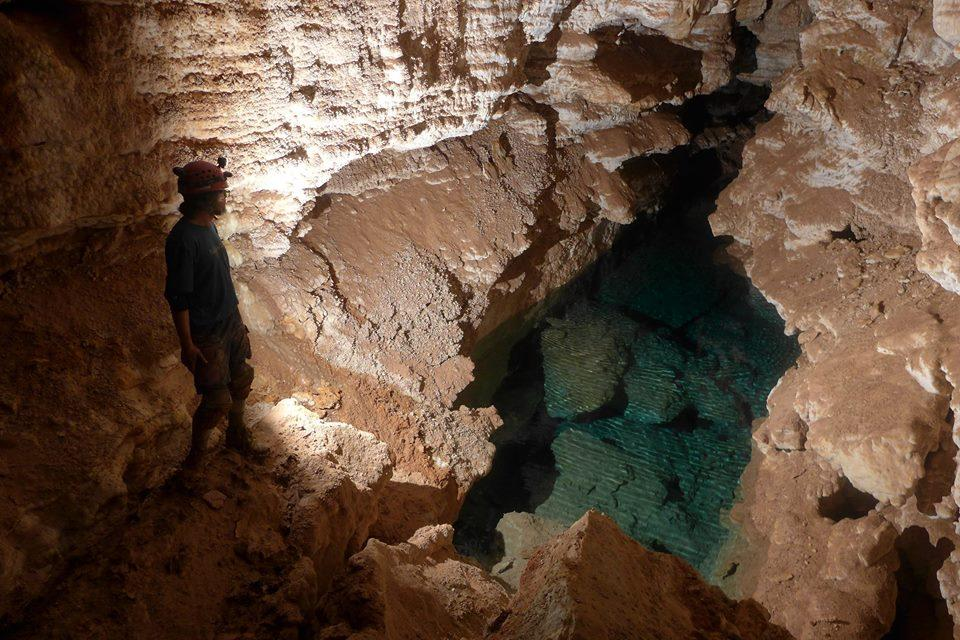 Cave South Monument Jewel Dakota National
