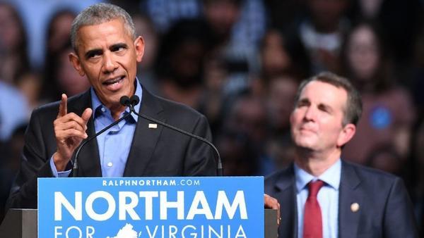 El ex presidente Obama habla durante un mitin de la campaña para el candidato demócrata a la gobernación Ralph Northam en Richmond, Va.