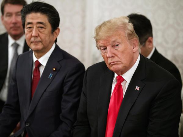 President Trump and Japanese Prime Minister Shinzo Abe at Akasaka Palace in Tokyo on Monday.
