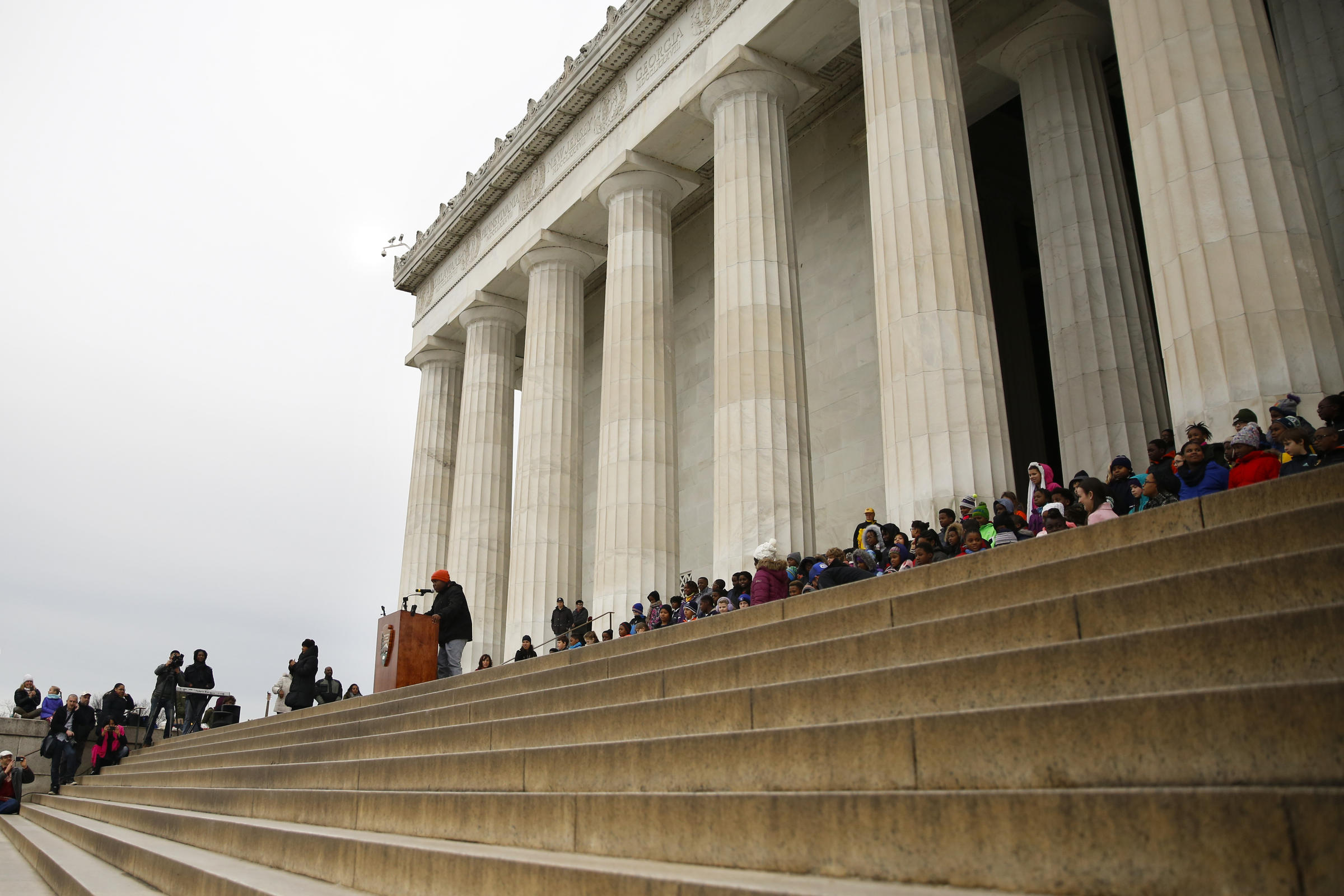Fifth Graders Revisit King S Dream Speech At The Lincoln Memorial