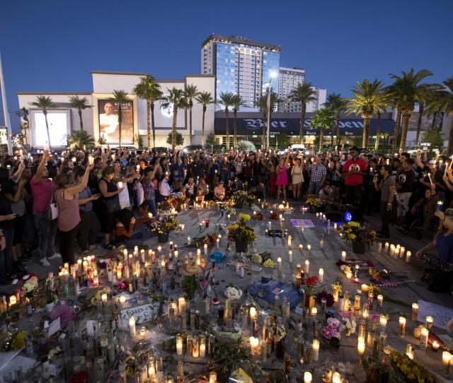 An October Vigil Is Held One Week After The Mass Shooting In Las Vegas Newly Unsealed Documents Reveal Details Of The Early Stage Of The Investigation
