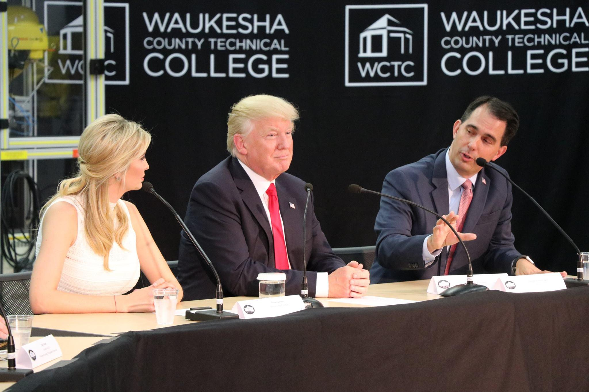 Hasil gambar untuk President Trump tours Waukesha County Technical College