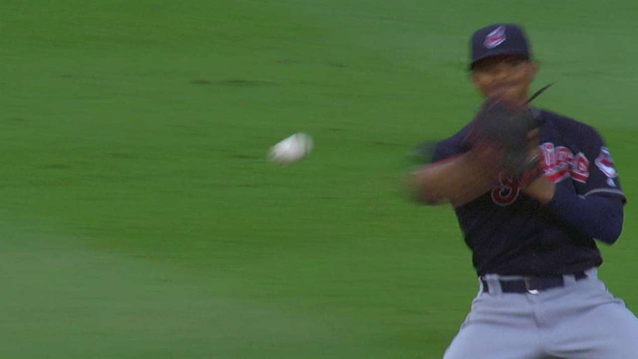 Lindor's smooth defensive play