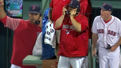 Red Sox bullpen phones don't work and there is chaos | MLB.com