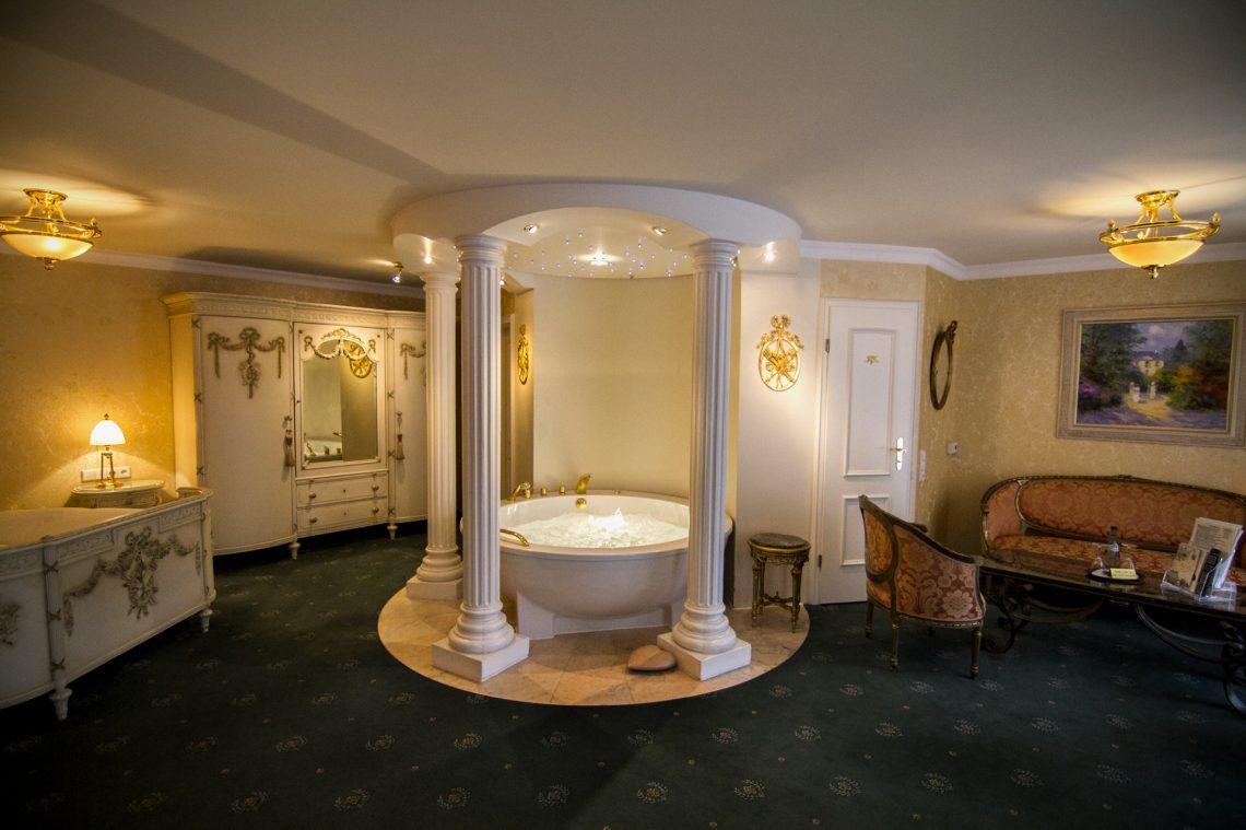 Hotelzimmer Mit Whirlpool Luxus Wellness Pur Urlaubsguru