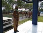 Wabup Mubar, Achmad Lamani usai pelaksanaan apel di kantor bupati Mubar, Senin, 20 Juli 2020.