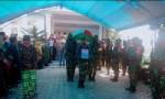 Jenazah Almarhum saat diantar ke tempat peristirahatan terakhir