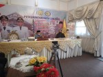 Wali Kota Baubau, Dr As Tamrin (Kiri memakai peci hitam) bersama Kepala BPS Kota Baubau, Sudirman K (Kanan)
