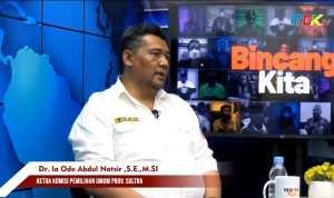 Ketua KPU Sultra Laode Abdul Natsir saat hadir di program bincang kita Mek.TV, Selasa, 12 Oktober 2021