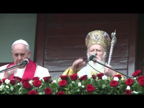 Papa defiende en Turquía unión con ortodoxos