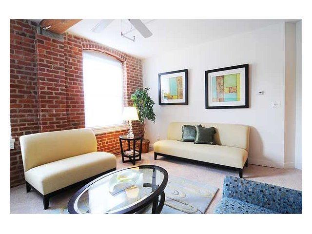 Well Lit Rooms Encompass Our Richmond Va Apartments For At Cameron Kinney