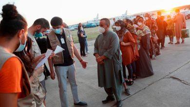 Photo of അഫ്ഗാൻ അഭയാർത്ഥികളെ സഹായിക്കാൻ മുന്നിട്ടിറങ്ങി എയർ ബിഎൻബിയും യുഎസ് സ്ഥാപനങ്ങളും