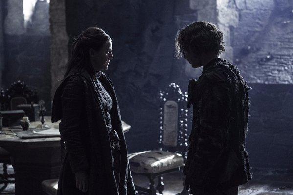 Gemma Whelan as Yara Greyjoy and Alfie Allen as Theon Greyjoy